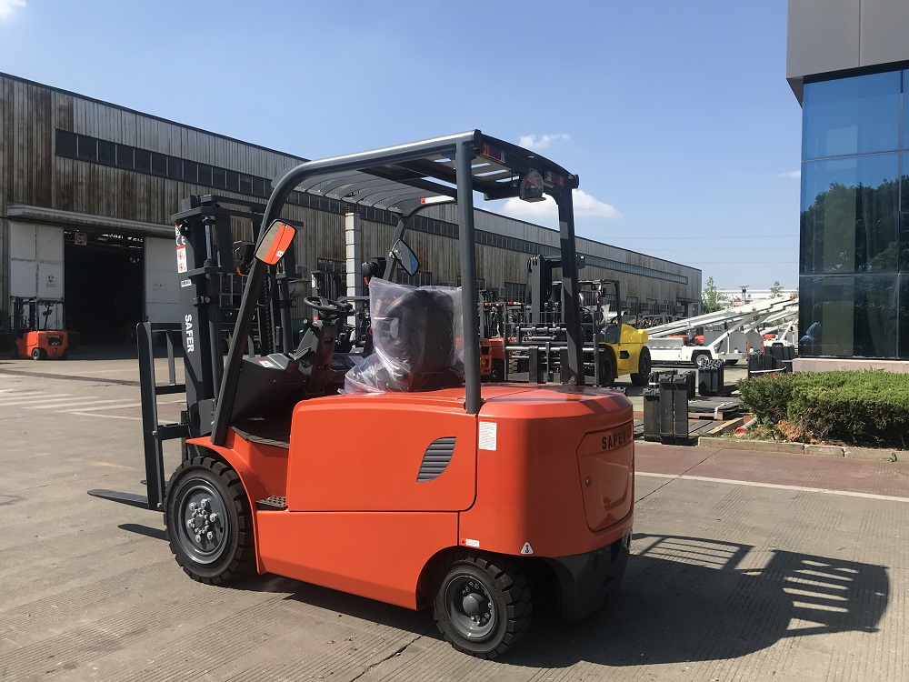 3.0-3.5Ton Electric Forklift-Saferlifts